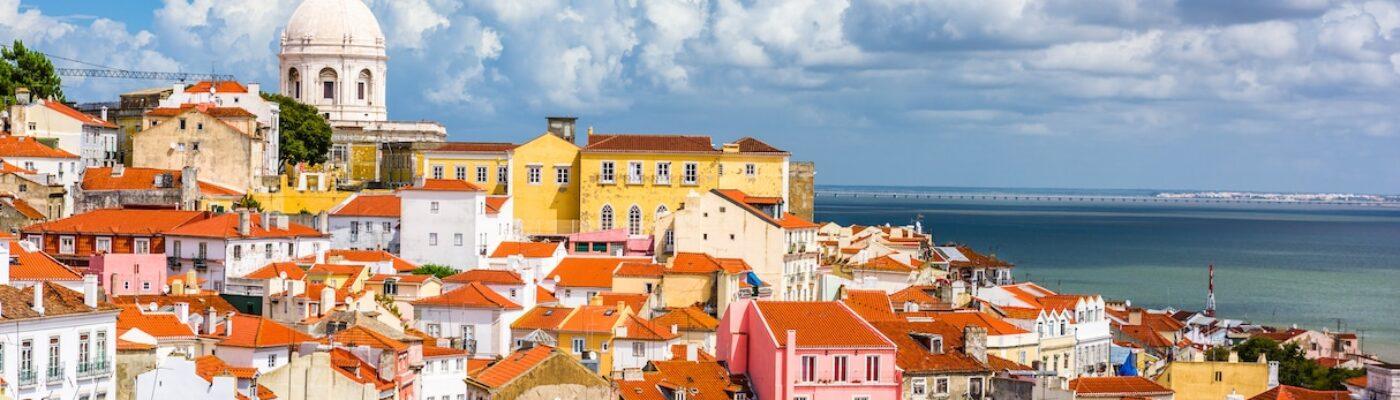 lisbon-portugal-skyline-JHVLYKP